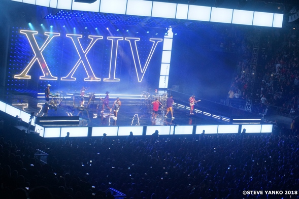Bruno Mars on his 24K Magic World Tour in Melbourne.