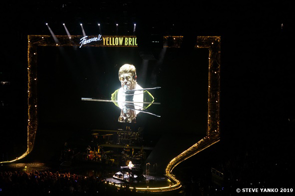 This image has an empty alt attribute; its file name is 11-Elton-John-Melbourne-2019-Steve-Yanko.jpg